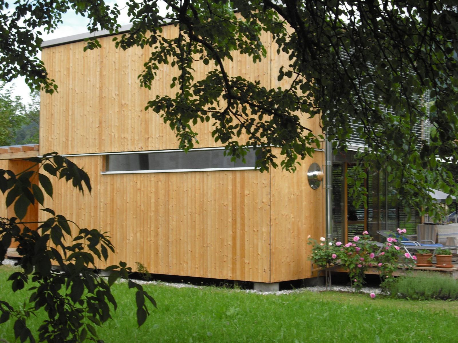 Holzhaus regional bauen auf dem Land.