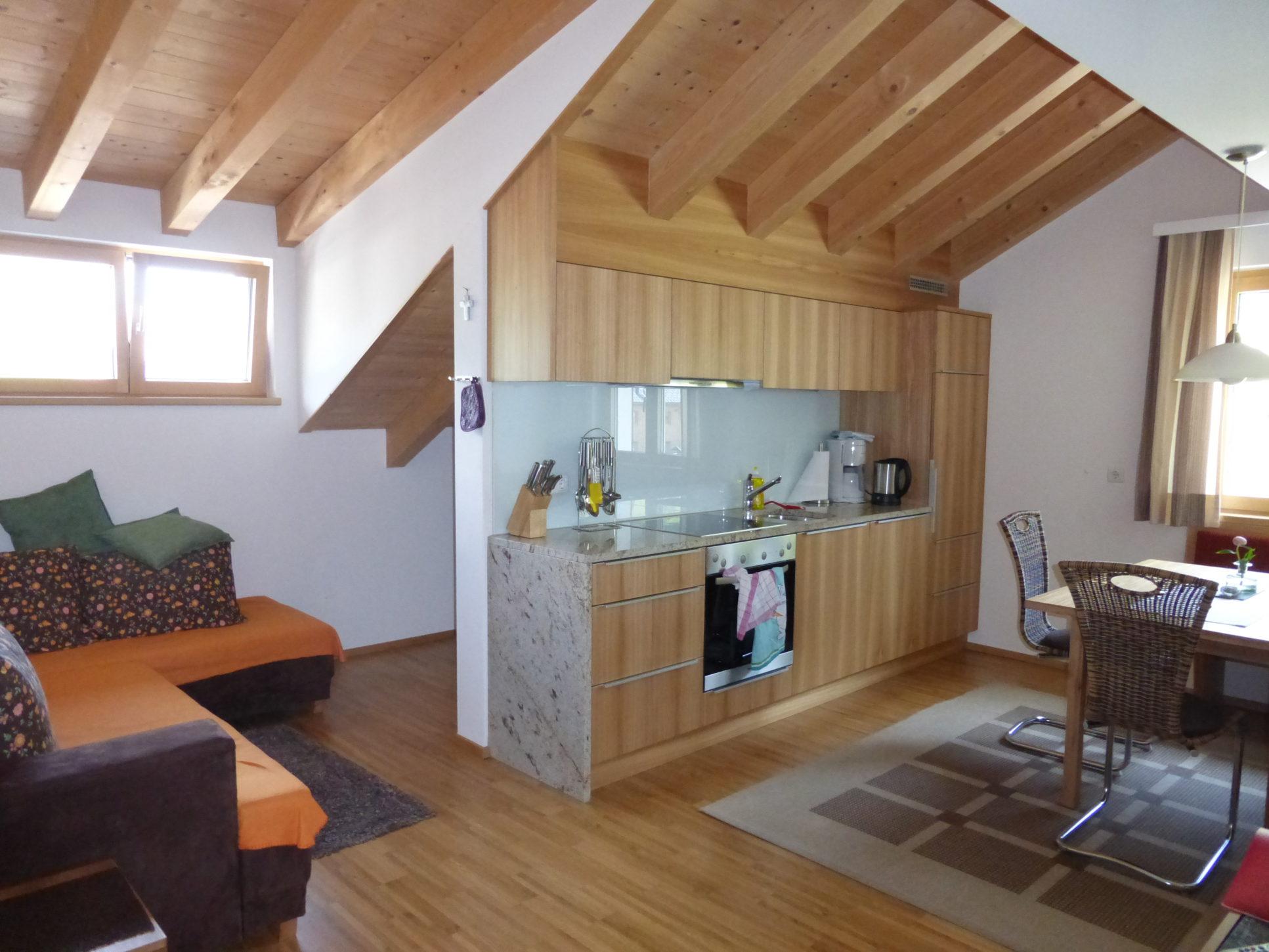 Im Holzhaus Gemütlich Wohnen Baustoff Holz