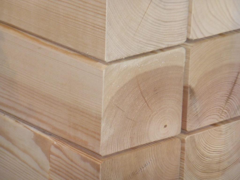 Holz-Bau-Produkt